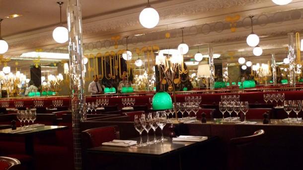 Onde comer perto da Torre Eiffel?