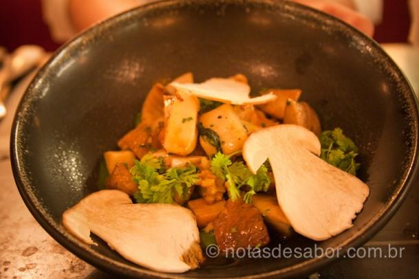 Cogumelos Cepes do Thoumieux, restaurante perto da Torre Eiffel