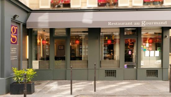 Restaurante em Paris (Au Gourmand)