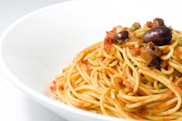 Spaghetti Puttanesca - lifesambrosia