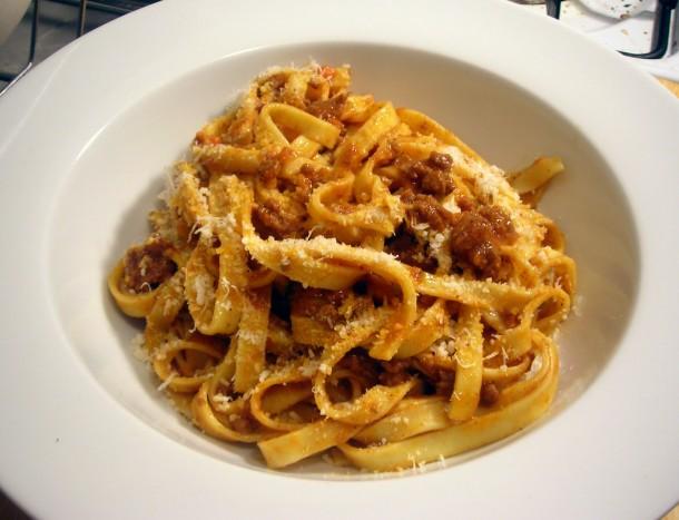 Tagliatelle à Bolonhesa - peterwatsonfood