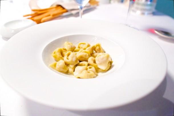 Osteria Francescana: Tortellini in crema di Parmigiano